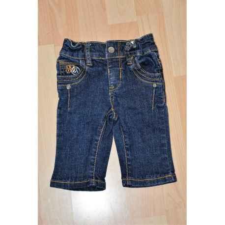 """Jeans brut """"64"""" en 6 mois"""